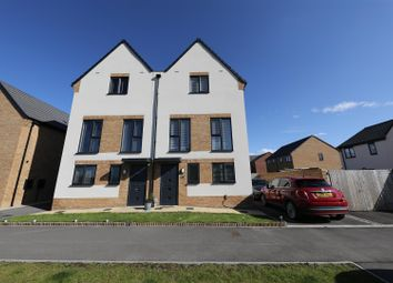 Thumbnail 3 bed town house for sale in Persistence Road, Kingswood, Hull