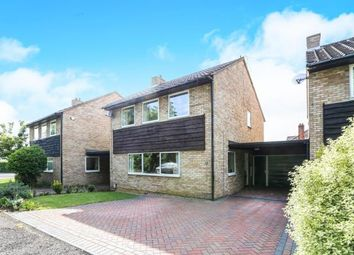 Thumbnail 4 bedroom detached house for sale in Walnut Close, Hitchin, Hertfordshire, England