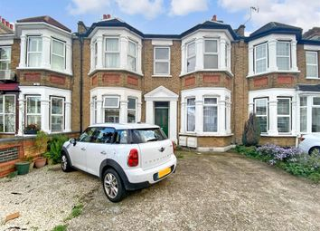 Thumbnail Flat for sale in Wellesley Road, Ilford, Essex