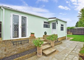 Thumbnail 3 bedroom mobile/park home for sale in Boxhill Road, Tadworth, Surrey
