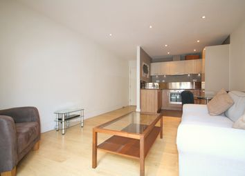 2 bed flat to rent in Omega Place, Kings Cross N1