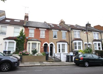 4 bed property to rent in Shirley Road, Enfield EN2