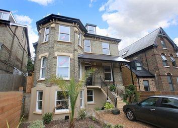Thumbnail 3 bedroom flat to rent in Chatsworth Road, Croydon