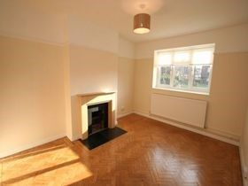 Thumbnail 1 bed flat to rent in Grenfell Road, Mitcham