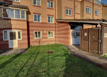 Thumbnail 2 bed flat to rent in Peatey Court, Princes Gate, High Wycombe, Bucks