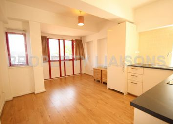 Thumbnail 1 bed flat to rent in Maynards Quay, Wapping