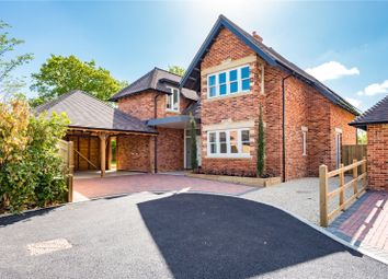 Thumbnail 4 bedroom detached house for sale in Fieldfare House, Vale View, Cumnor Hill, Oxford