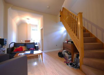 3 bed detached house to rent in Casterton Street, London E8