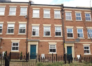 3 bed town house to rent in North Main Court, South Shields NE33