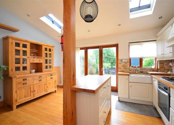 Thumbnail 2 bed cottage for sale in Baldwins Hill, Loughton, Essex