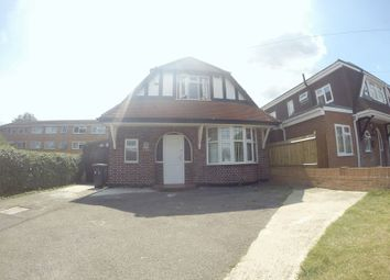 Thumbnail 3 bed detached house to rent in London Road, Langley, Slough