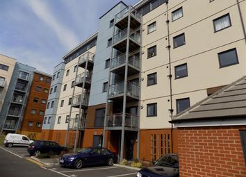 Thumbnail 2 bed flat to rent in Groombridge Avenue, Eastbourne