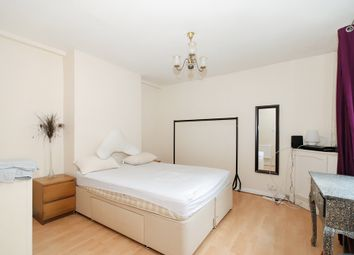 Thumbnail 3 bed flat to rent in Woolwich Road, Charlton