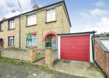 3 bed semi-detached house to rent in Waterlow Road, Maidstone ME14