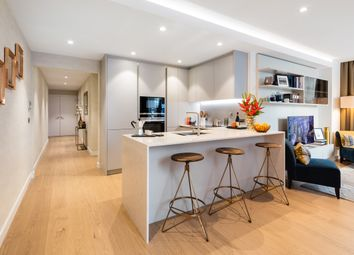 Thumbnail 3 bed flat for sale in 183-185 Marsh Wall, London