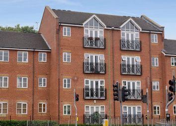 Thumbnail 2 bed flat to rent in London Road, Apsley Station, Hemel Hempstead, Hertfordshire