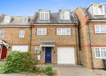 Thumbnail 3 bed town house for sale in Albert Road, London