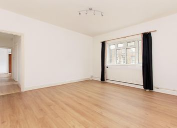 Thumbnail 2 bedroom flat to rent in Dover Court, Blackheath Hill