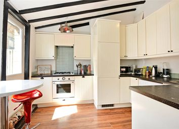 Thumbnail 2 bed flat to rent in Stuart Road, Nunhead, London