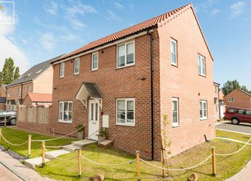 Thumbnail 3 bed detached house for sale in Woodside Drive, Scunthorpe