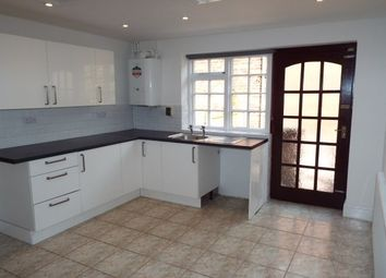 Thumbnail 2 bed property to rent in Mill Road, Lincoln