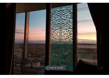 2 bed flat to rent in (35th Floor) Beetham Tower, Birmingham B1