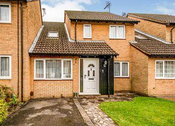 4 bed link-detached house for sale in Hamilton Mead, Bovingdon, Hemel Hempstead, Hertfordshire HP3