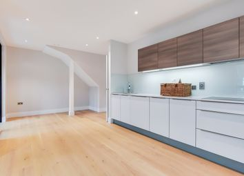 2 bed flat to rent in Patcham Terrace, London SW8