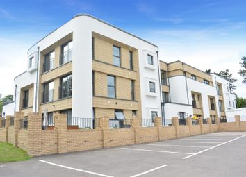 Court Lane, Epsom KT19. 3 bed flat for sale