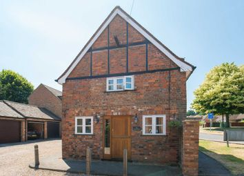 Thumbnail 3 bed detached house for sale in Darrs Lane, Northchurch, Berkhamsted, Hertfordshire