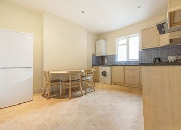 Thumbnail 4 bed flat to rent in Taybridge Road, Clapham, London