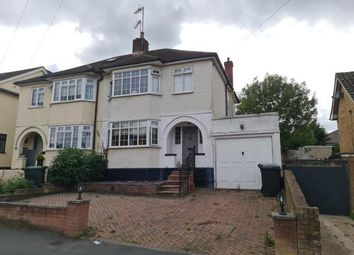 Lechmere Avenue, Chigwell IG7. 3 bed semi-detached house