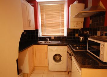 Thumbnail 1 bed flat to rent in Dewsbury Court, Chiswick Road, Chiswick