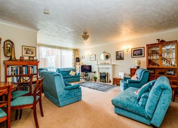 2 bed maisonette for sale in The Rowans, Worthing BN11