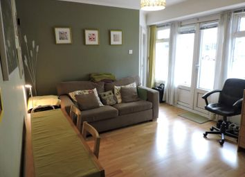 Thumbnail 1 bedroom flat to rent in Princes Court, Princes Avenue, Hove