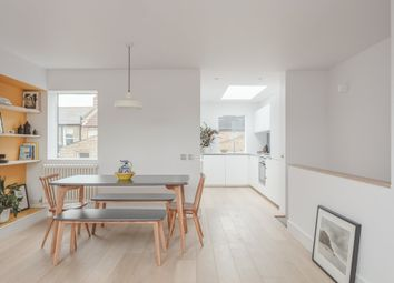 Thumbnail 2 bed flat to rent in Oswyth Road, London