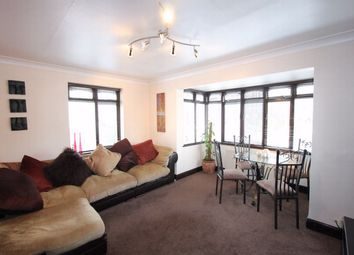 Thumbnail 2 bed flat to rent in Chadwick Road, Chalkwell, Essex