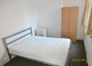 Thumbnail 1 bed flat to rent in Lorne Road, Leicester