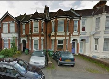 Thumbnail 1 bed flat to rent in Atherley Road, Shirley, Southampton