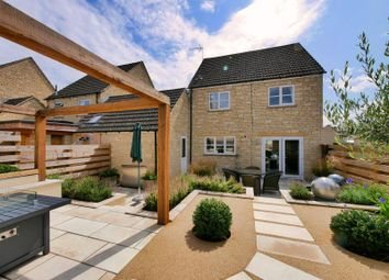 Thumbnail 3 bed detached house to rent in Perrinsfield, Lechlade
