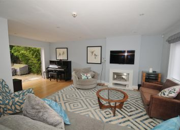 Thumbnail Property to rent in Sheppards Close, St.Albans