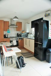 Thumbnail 2 bed flat to rent in Rushey Green, Catford