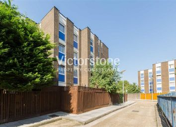 3 bed maisonette to rent in Gernon Road, Mile End, London E3