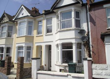 Thumbnail 1 bed flat to rent in Rochford Avenue, Westcliff-On-Sea