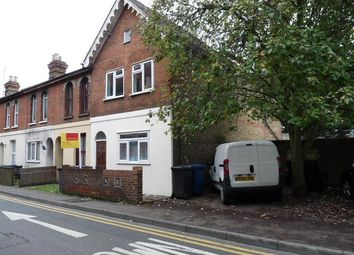 Thumbnail 2 bed terraced house to rent in Broadway, Maidenhead, Berkshire