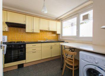 Thumbnail 3 bed flat to rent in Battersea Bridge Road, Battersea