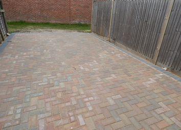 Thumbnail Parking/garage to rent in Kent Avenue, Ashford