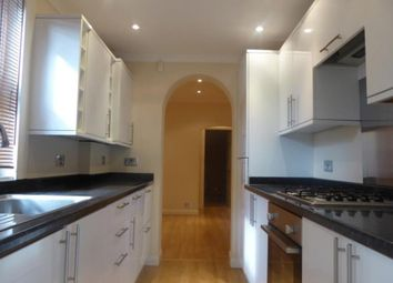 Thumbnail 1 bed flat to rent in Reading, Berkshire