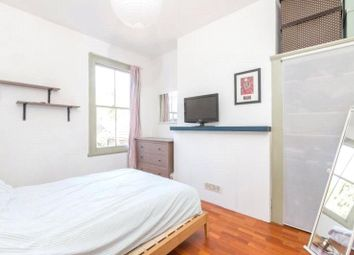 Thumbnail 1 bed flat to rent in Mildenhall Road, Clapton