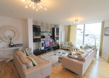 Thumbnail 3 bed flat to rent in Vertex Tower, Greenwich